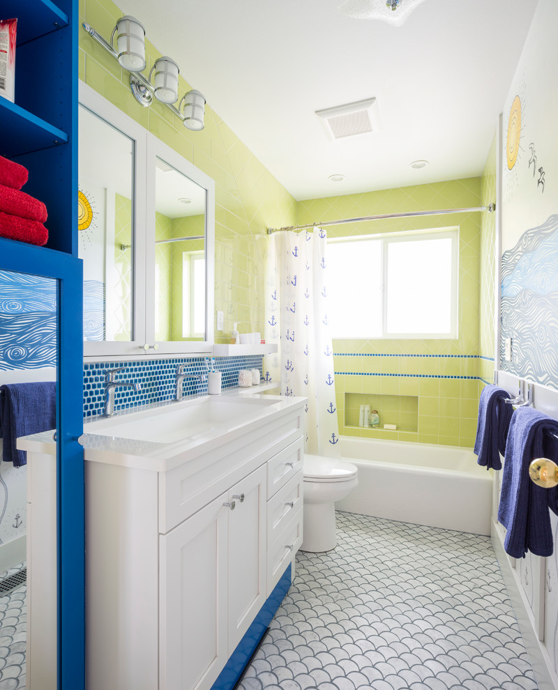 Beach Style Bathroom Design