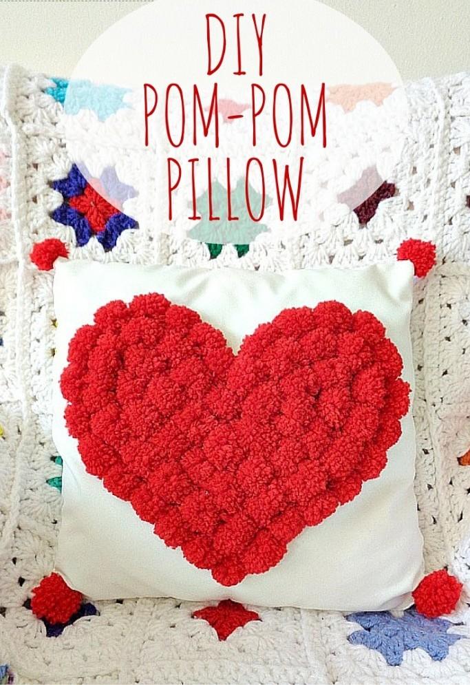 diy-pom-pom-heart-pillow