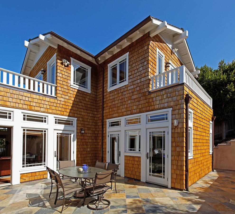 Craftsman Backyard Patio Design