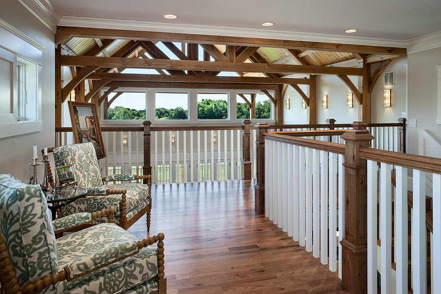 Craftsman Balcony Design