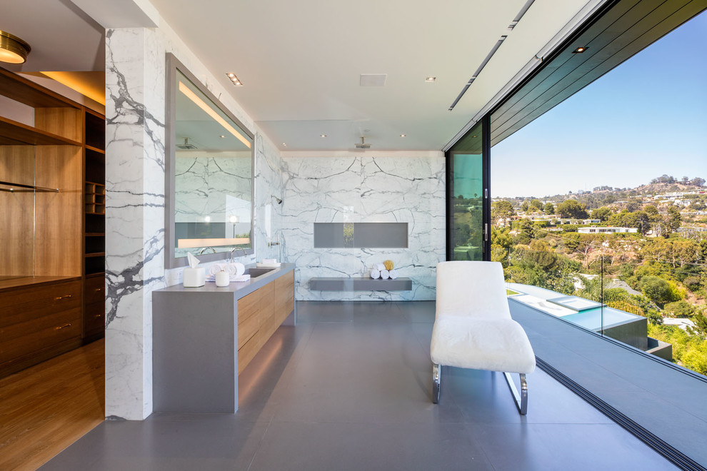 Open Shower Contemporary Bathroom