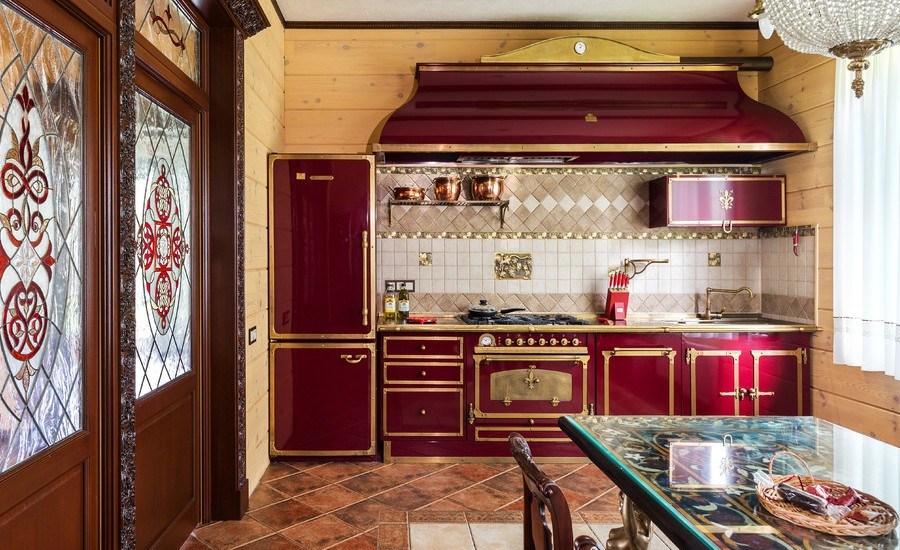 Traditional Eat-In Kitchen design
