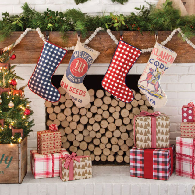 Christmas Fireplace Decoration Ideas