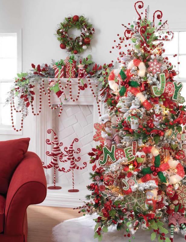 Fun Christmas Tree Decorating Ideas