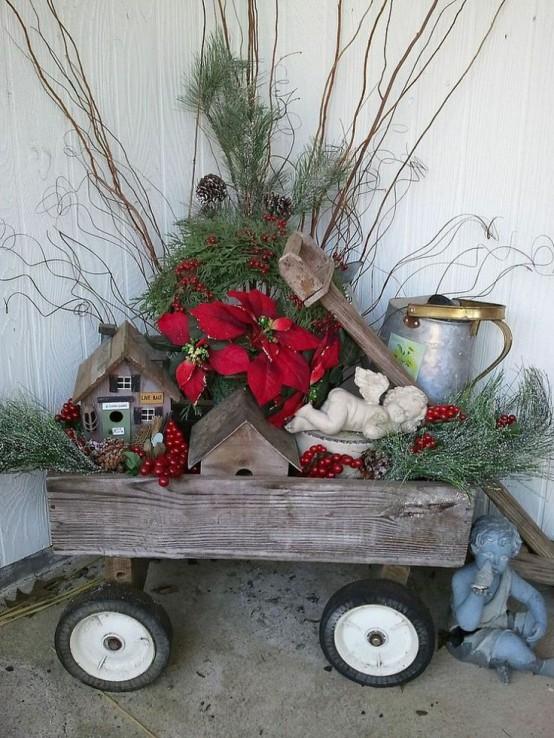 Rustic Outdoor Christmas Decorating Idea Design