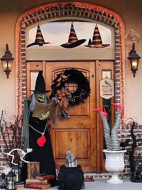 Cute Halloween Porch Decoration
