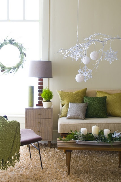 Holiday Living Room Decorations