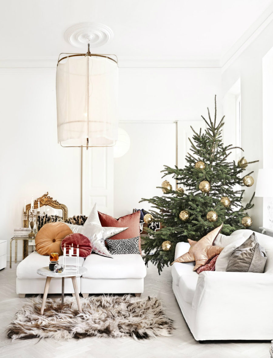Luxe Christmas decor Livingroom dwellingdecor