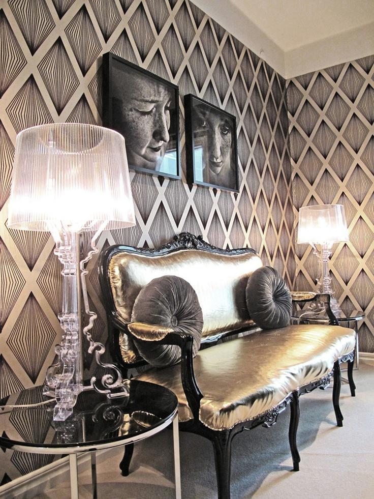 Modern-Victorian-Living-Room-Design
