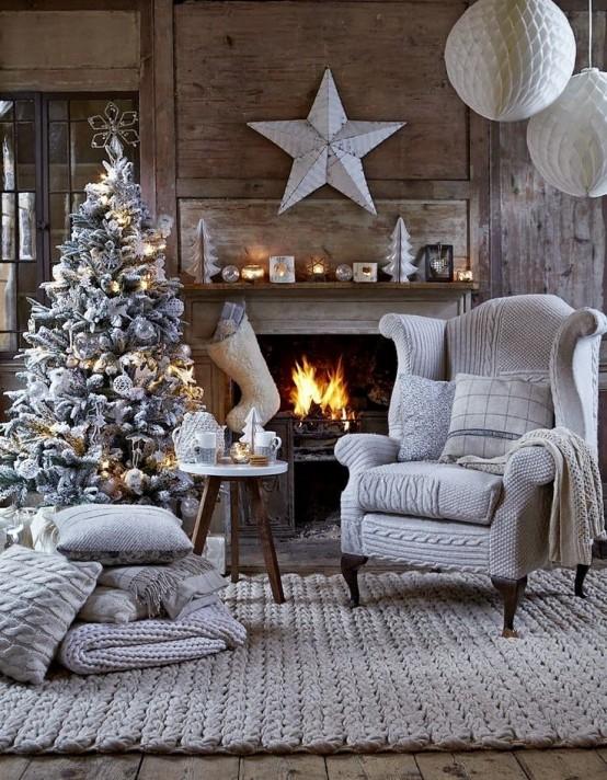 Christmas Living Room Decor Ideas thewowdecor (30)