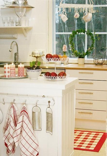 Kitchen Christmas Decorating Idea