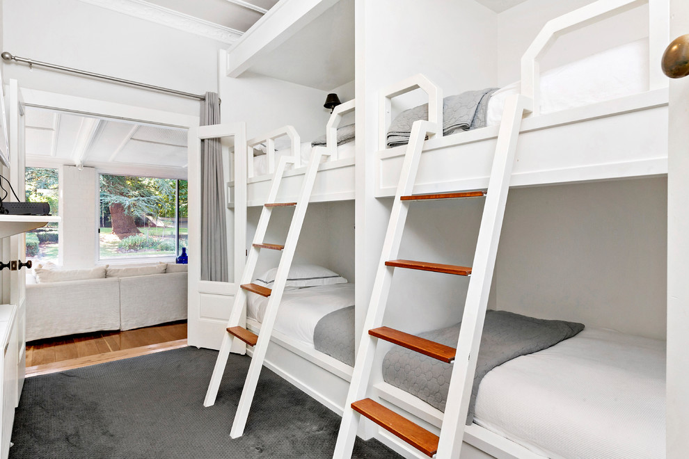 All White Bedroom With Bunk Beds Thewowdecor