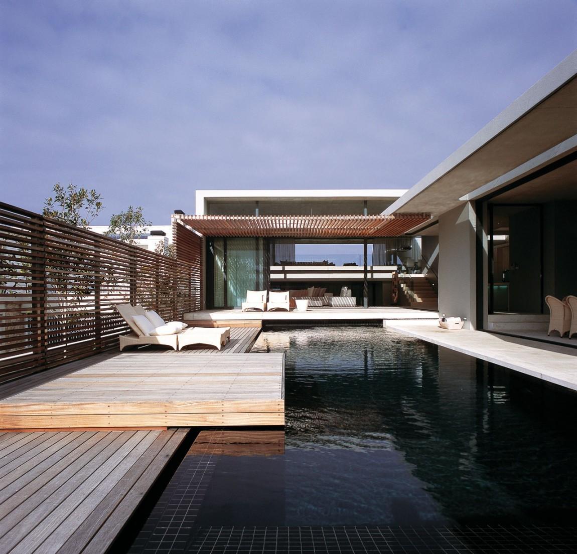 Modern Deck Design (1)