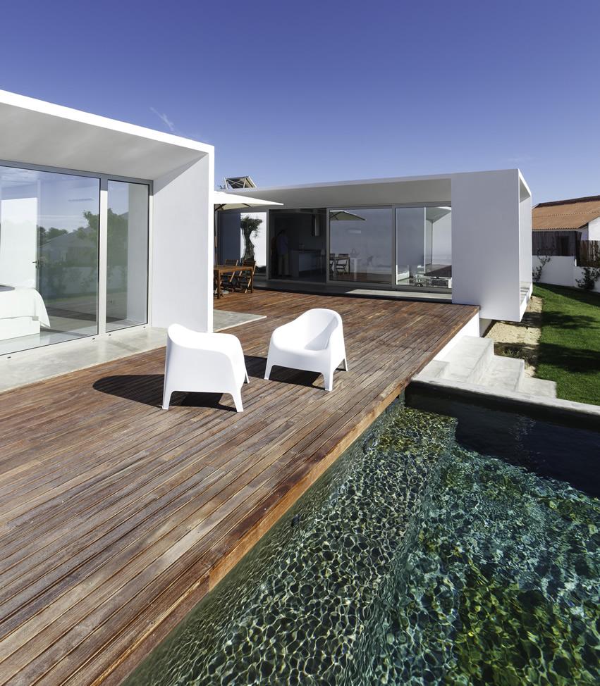 Modern Deck Design (16)
