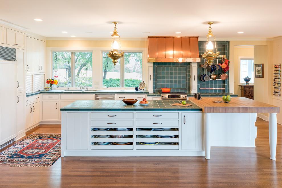 Traditional Tile Countertops Design