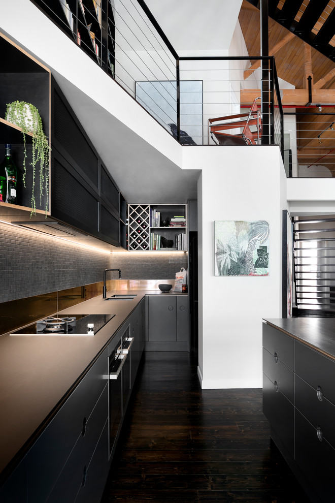 industrial-kitchen-darktone
