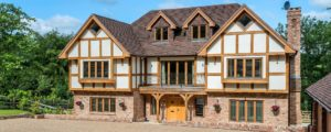 Quick Guide on How to Build a Timber Frame House Step By Step