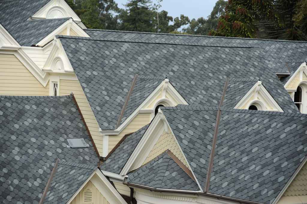 Pros of Asphalt Roofing Shingles