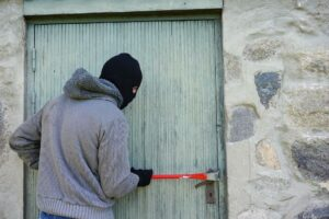 4 Ways to Prevent Break-Ins in Your Home While You're Away