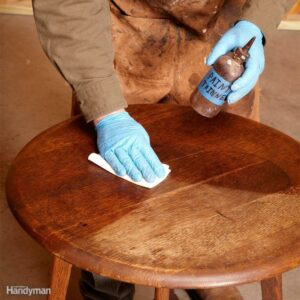 5 Tools You Must Have for Refinishing Your Furniture