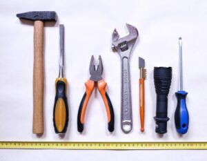 Tips On Choosing The Right Tools For Home Maintenance