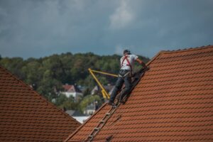 Choosing an Ideal Roofing Software: 4 Strategic Tips