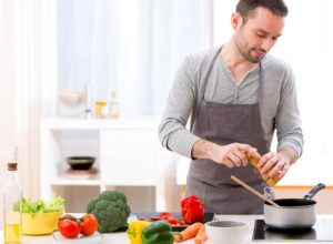 Choosing the Best Kitchenware for Your Needs