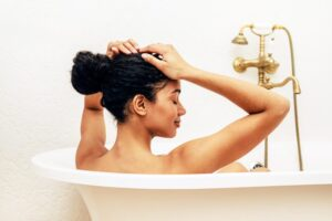 Should You Take A Bath Before Sleep[Expert Opinion]