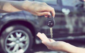 Can a Locksmith Make a Car Key? [4 Ways]