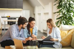Pros And Cons Of Selling Your House With A Real Estate Agent