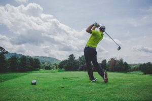 Gear up for the Green With This Complete Guide From a Pro Golfer