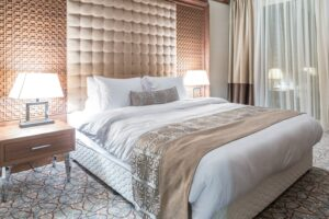 10 Tips to Turn Your Ordinary Bed into A Luxurious Hotel Bed