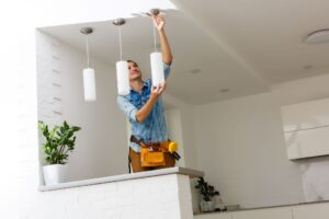 4 Tips For Finding A Qualified Electrician