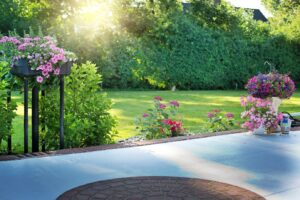 10 Ways to Liven up Your Back Porch