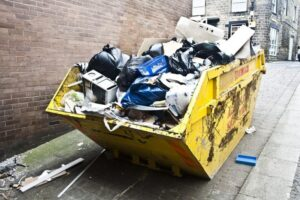 Top Reasons Why Hiring A Skip Bin Is A Must For Property Owners