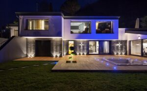 Pros And Cons Of Outdoor Lighting