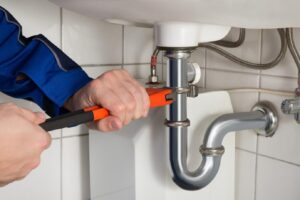 5 Common Plumbing Issues You Might Experience in an Older House