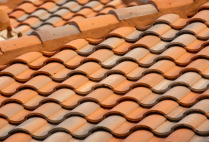 Important Things You Need To Consider When Hiring Roofers
