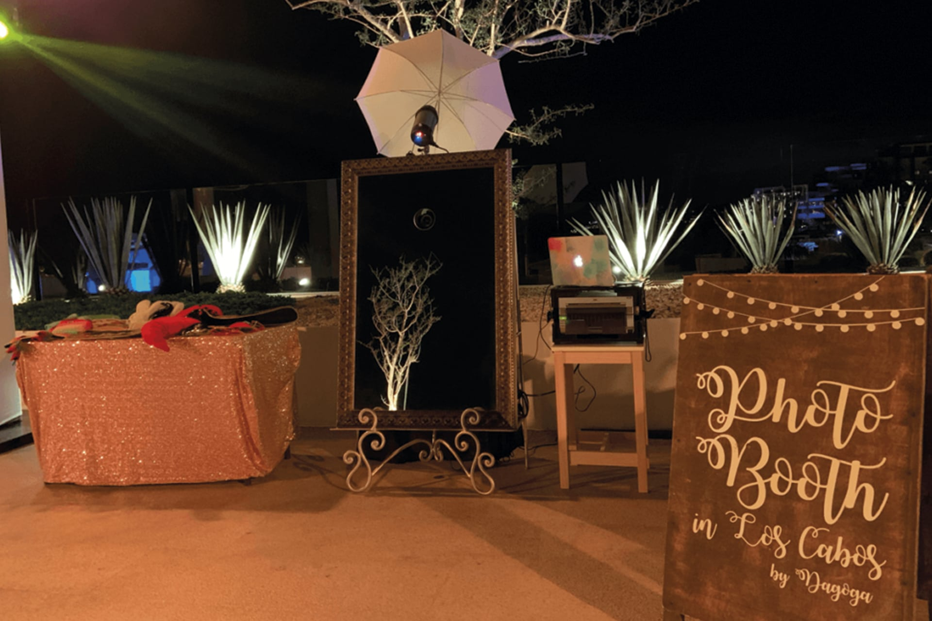 photo-booth-rental-for-weddings