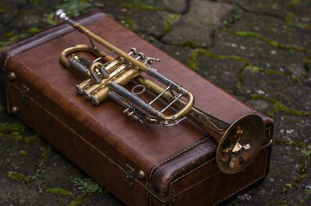 How to ship a trumpet