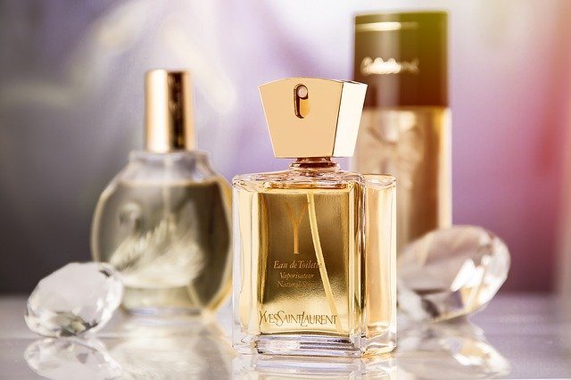 How to ship perfume