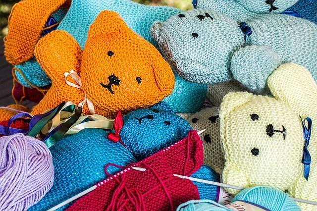 Shipping Knitted Stuffed Toys