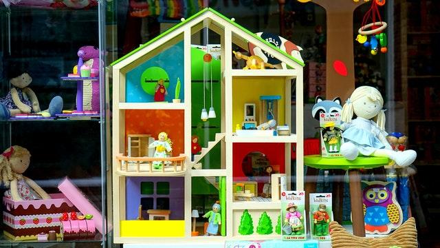 shipping a dollhouse