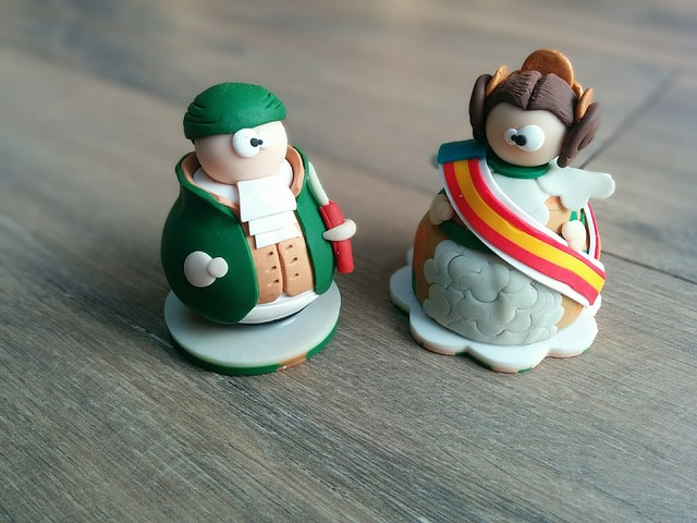 shipping polymer clay sculptures