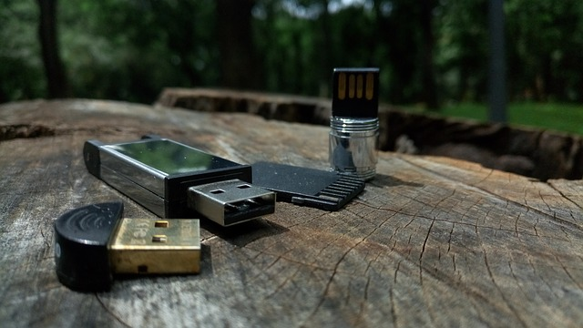 shipping a flash drive
