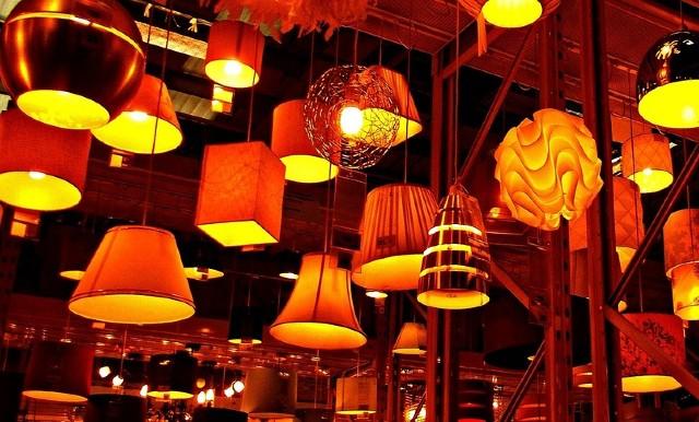 shipping lighting fixtures