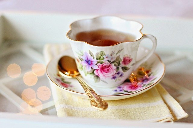 shipping teacups