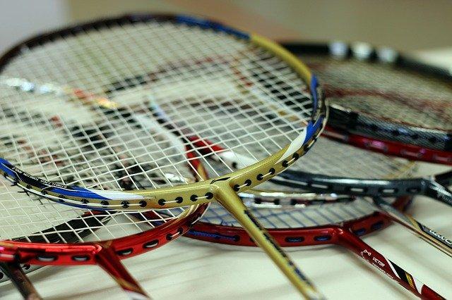 shipping badminton racket