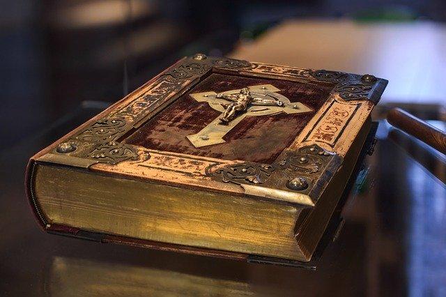 shipping heirloom bible