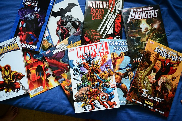 shipping comic books